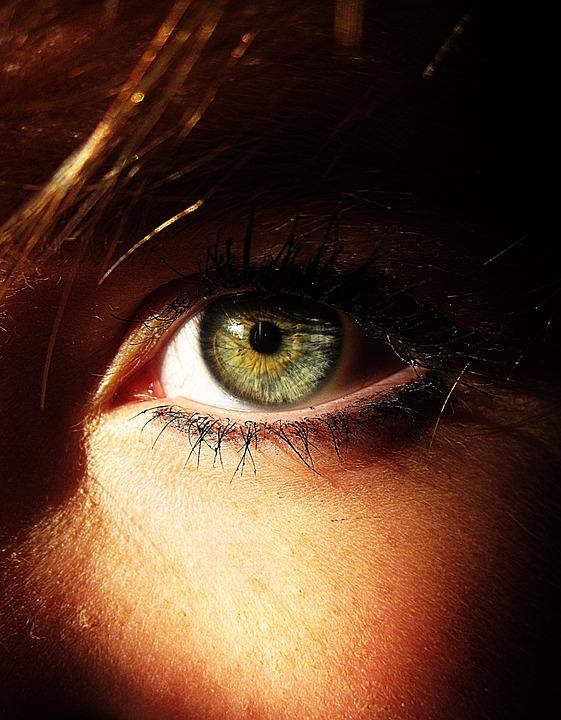 colorim trie chaude comment maquiller ses yeux verts image nouvelle. Black Bedroom Furniture Sets. Home Design Ideas